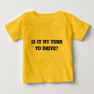 Criança na roda! tshirts