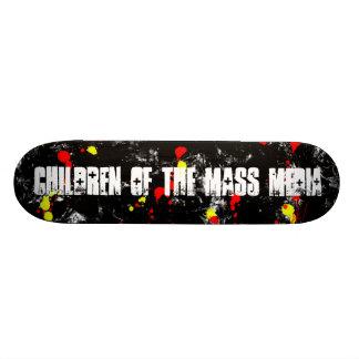 Crianças do skate das mass media