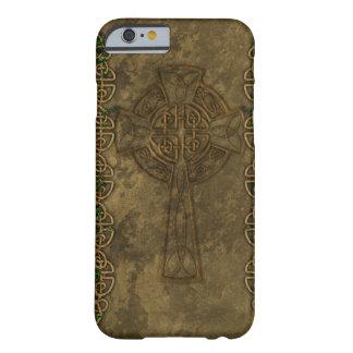Cruz celta e nós celtas capa barely there para iPhone 6