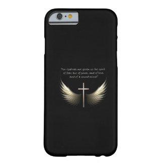 Cruz do Espírito Santo e do cristão com verso da Capa Barely There Para iPhone 6