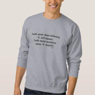 Cruz nunca masculina do esboço da camisola w/Black Moleton