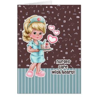 Cuidado das enfermeiras com coração. Cartões da