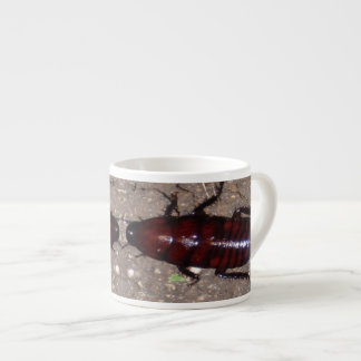 Culinária selvagem da guloseima - ciência insetos xicaras de café expresso