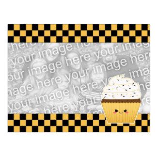 Cupcake bonito de Kawaii o Dia das Bruxas para a Cartão Postal