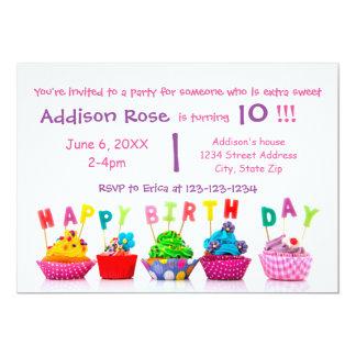Cupcake colorido - cartão de aniversário da menina convite 12.7 x 17.78cm