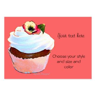 Cupcake com cartão de visita do amor perfeito