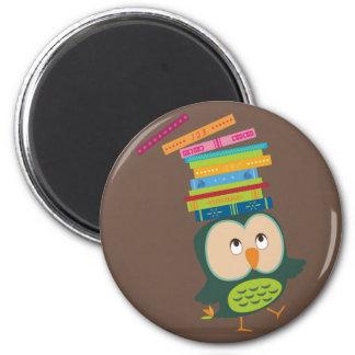 Cute little book owl ímã redondo 5.08cm