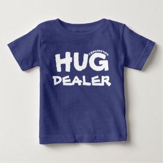 Da camisa infantil do bebê do negociante do abraço