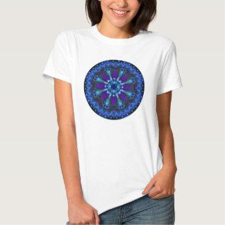 ~ da mandala que espalha o amor t-shirt