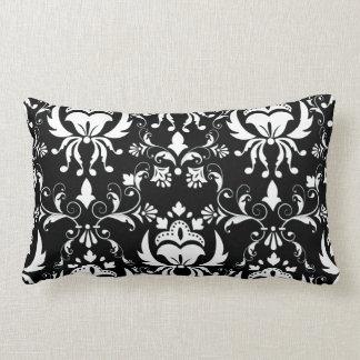 Damasco preto e branco travesseiro de decoração