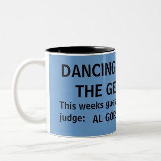 Dança com os geeks - uma caneca da tevê do GEEK