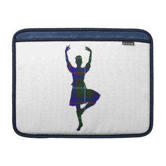 Dançarino escocês das montanhas frente e verso bolsa de MacBook
