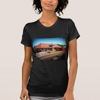 DEPÓSITO - Cornelia, Geórgia Camiseta