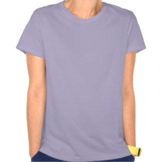 Derrube as partes superiores das suas mulheres do t-shirts