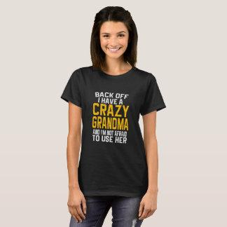Desembarace do eu têm um t-shirt louco do presente