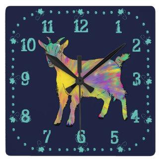 Design animal engraçado da cabra colorida da arte relógio quadrado