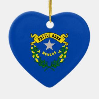 Design da bandeira do estado de Nevada Ornamento De Cerâmica Coração