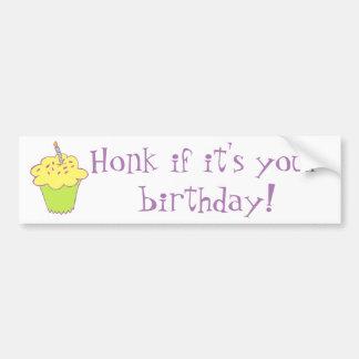 Design do cupcake do aniversário adesivo para carro