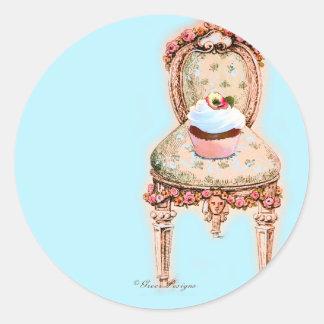 Design do cupcake do tea party adesivos redondos