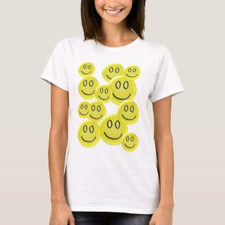 Design do teste padrão do smiley face camisetas