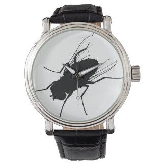 Design gigante do relógio da mosca