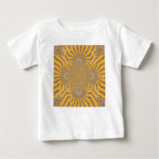 Design simétrico surpreendente nervoso bonito do camiseta