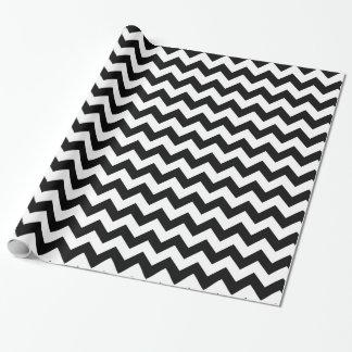 Design tradicional preto e branco de Chevron Papel De Presente