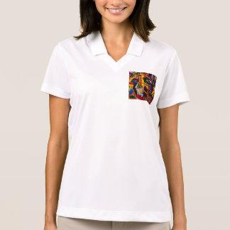 Detalhe de uma porta em uma loja da lembrança de t-shirt polo