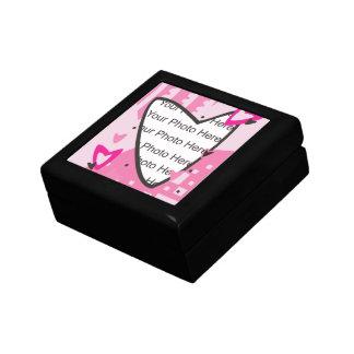 Dia dos namorados cor-de-rosa dos corações caixa de persentes