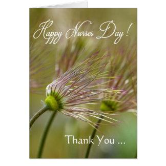 Dia feliz/obrigado das enfermeiras você - flores cartão