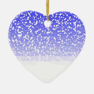 Dia nevado ornamento de cerâmica coração