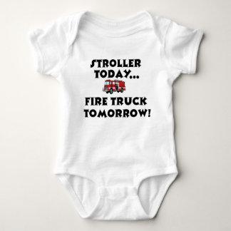 Do carrinho de criança Firetruck hoje… amanhã! Camisetas
