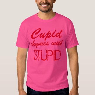 """Do """"rimas Cupido com"""" o t-shirt estúpido"""
