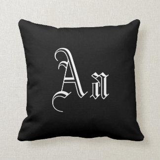 Dobro um monograma em I preto e branco Travesseiro De Decoração