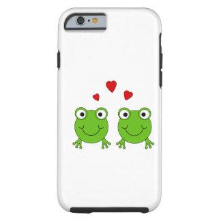 Dois sapos verdes com corações vermelhos capa tough para iPhone 6