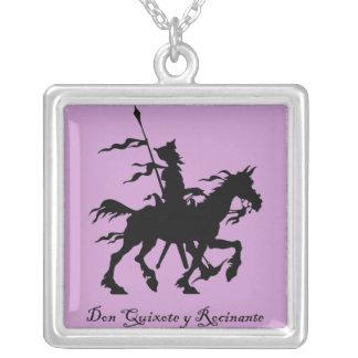 Don Quixote y Rocinante Colar Banhado A Prata