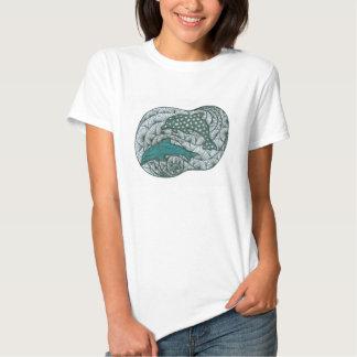Doodle do golfinho camiseta