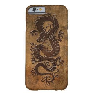 Dragão chinês áspero capa barely there para iPhone 6