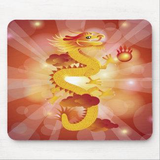 Dragão chinês com bola de fogo Mousepad