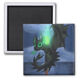 Dragão com fogo verde ímã quadrado