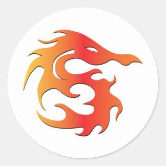 Dragão do fogo adesivos em formato redondos
