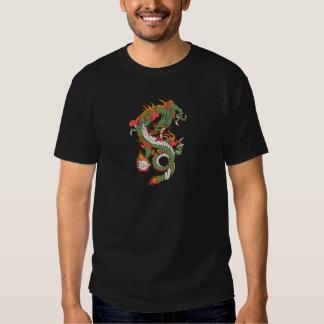 Dragão no fogo t-shirts
