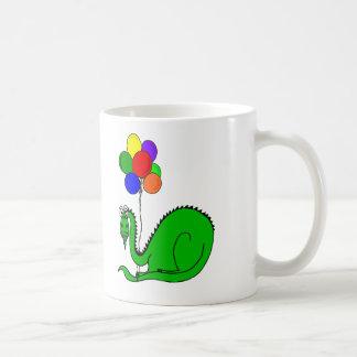 Dragão pateta que guardara a caneca de café dos