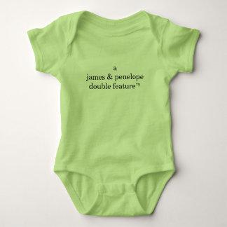 Dupla característica de A (os nomes dos pais aqui) Body Para Bebê