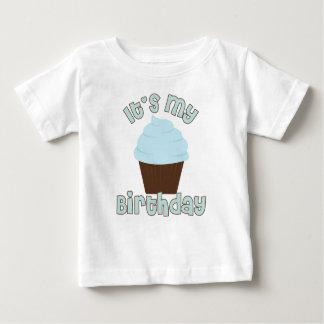 É meu aniversário camisetas