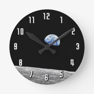 Earthrise - Apollo 8 Relógios De Pendurar