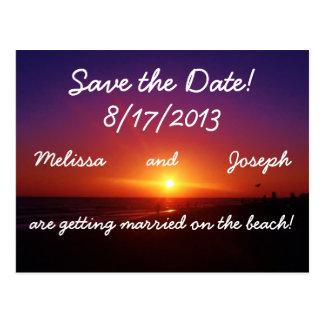 Economias do casamento de praia a data cartão postal