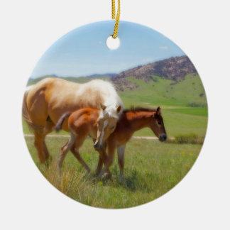 Égua da foto do cavalo e de casa e de cozinha do ornamento de cerâmica redondo
