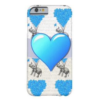Elefante & balões azuis do coração capa iPhone 6 barely there