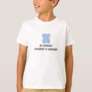 Elefante lunático com provérbio inspirado camiseta